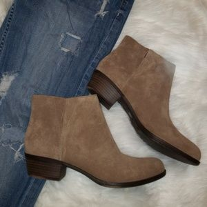 LUCKY BRAND SUEDE BOOTIES SIZE 8.5